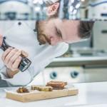 Kuvar Vanja Puškar priprema foie gras