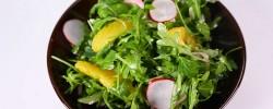 Rukola rotkvice salata